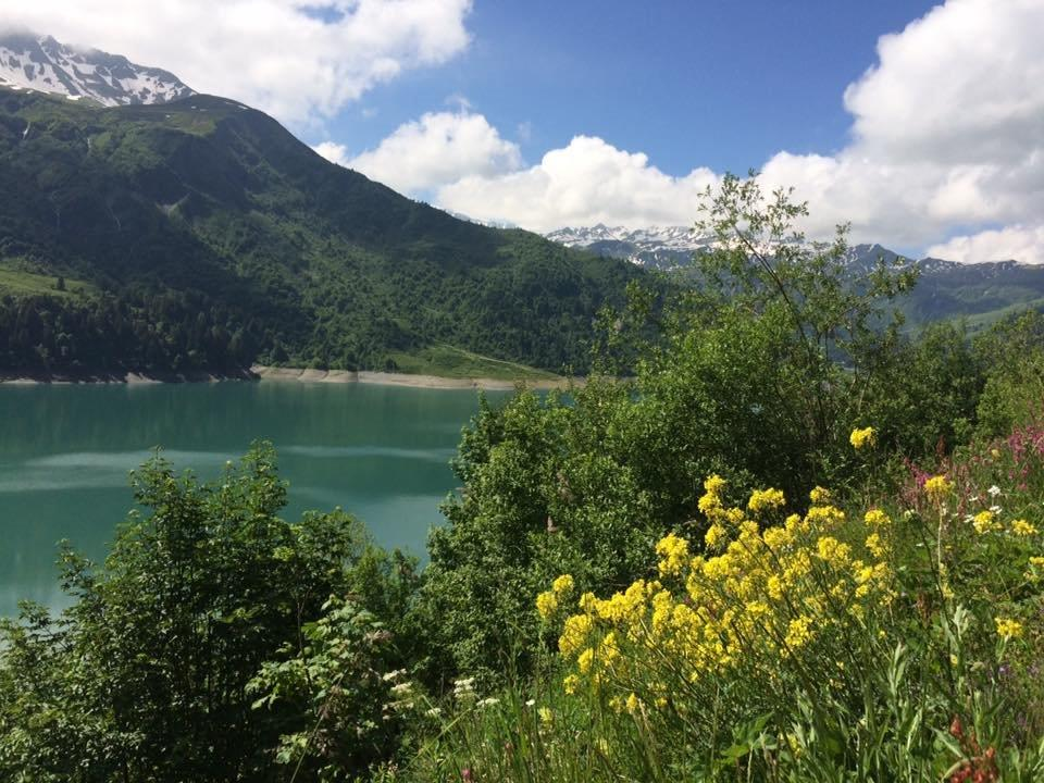 Lac de roselend1